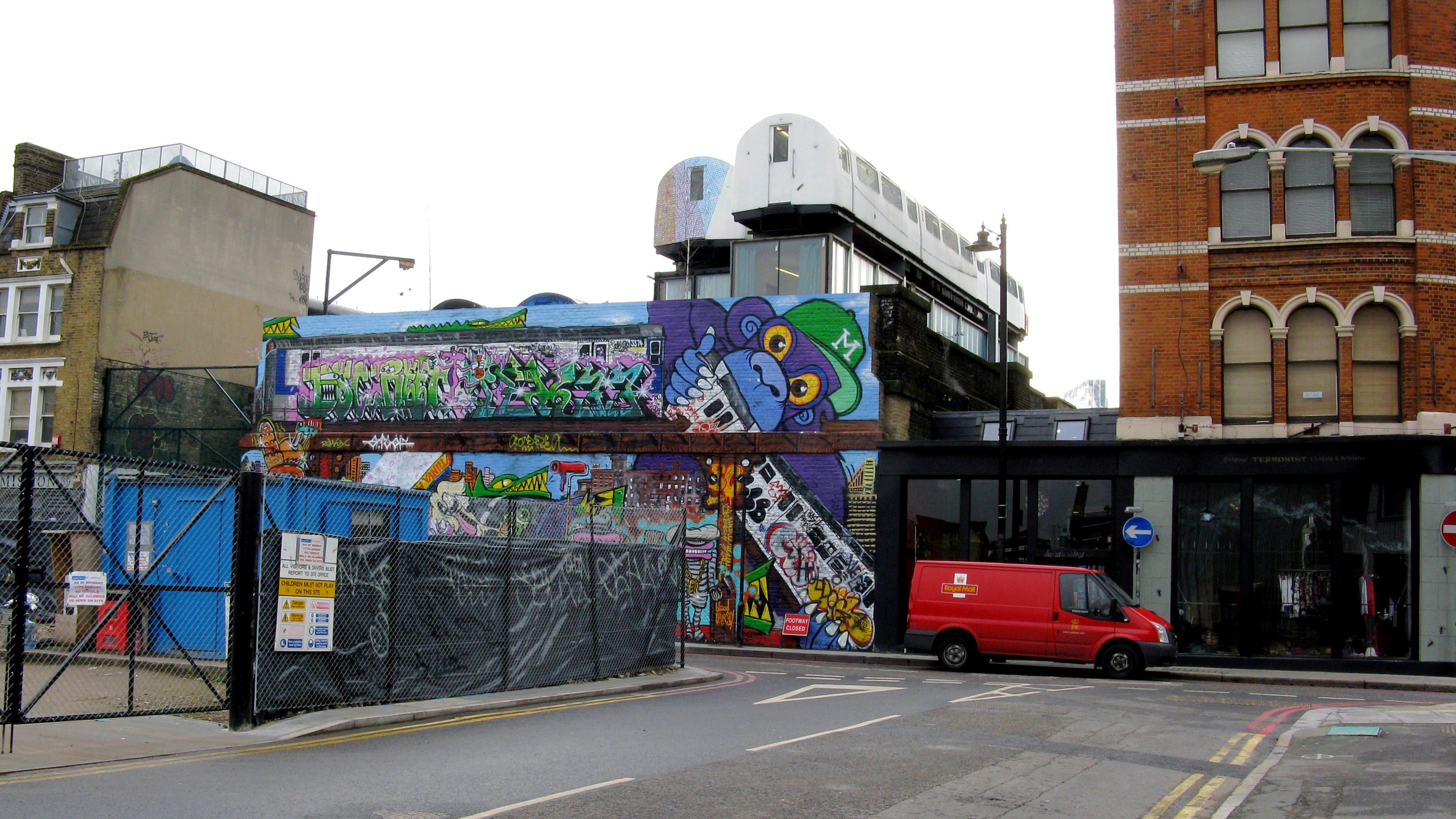 LONDNDrNeilCliftonCCBYSA20