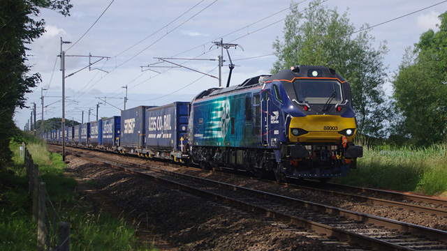 DRS Class 88 Tesco Express NK-Ian-CCBYSA4