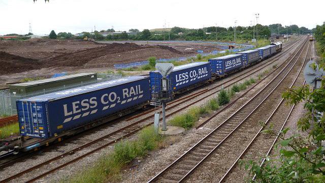 Tesco train Newport Robin Drayton CCBYSA2