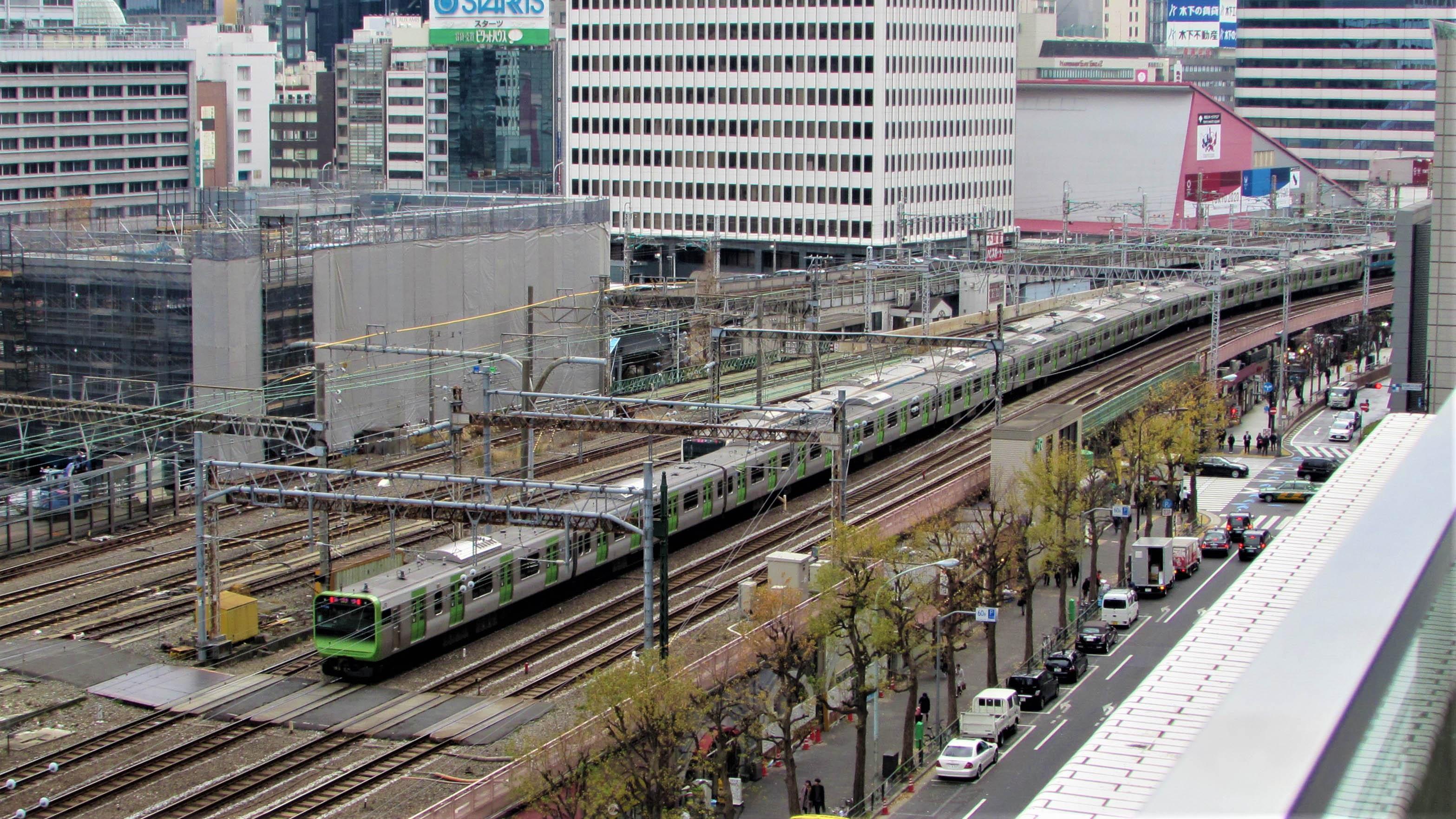 E235 Tokyo Station