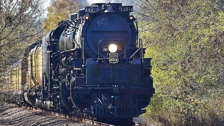 Ron-Hanson-Union-Pacific-Big-Boy-4014-Texas