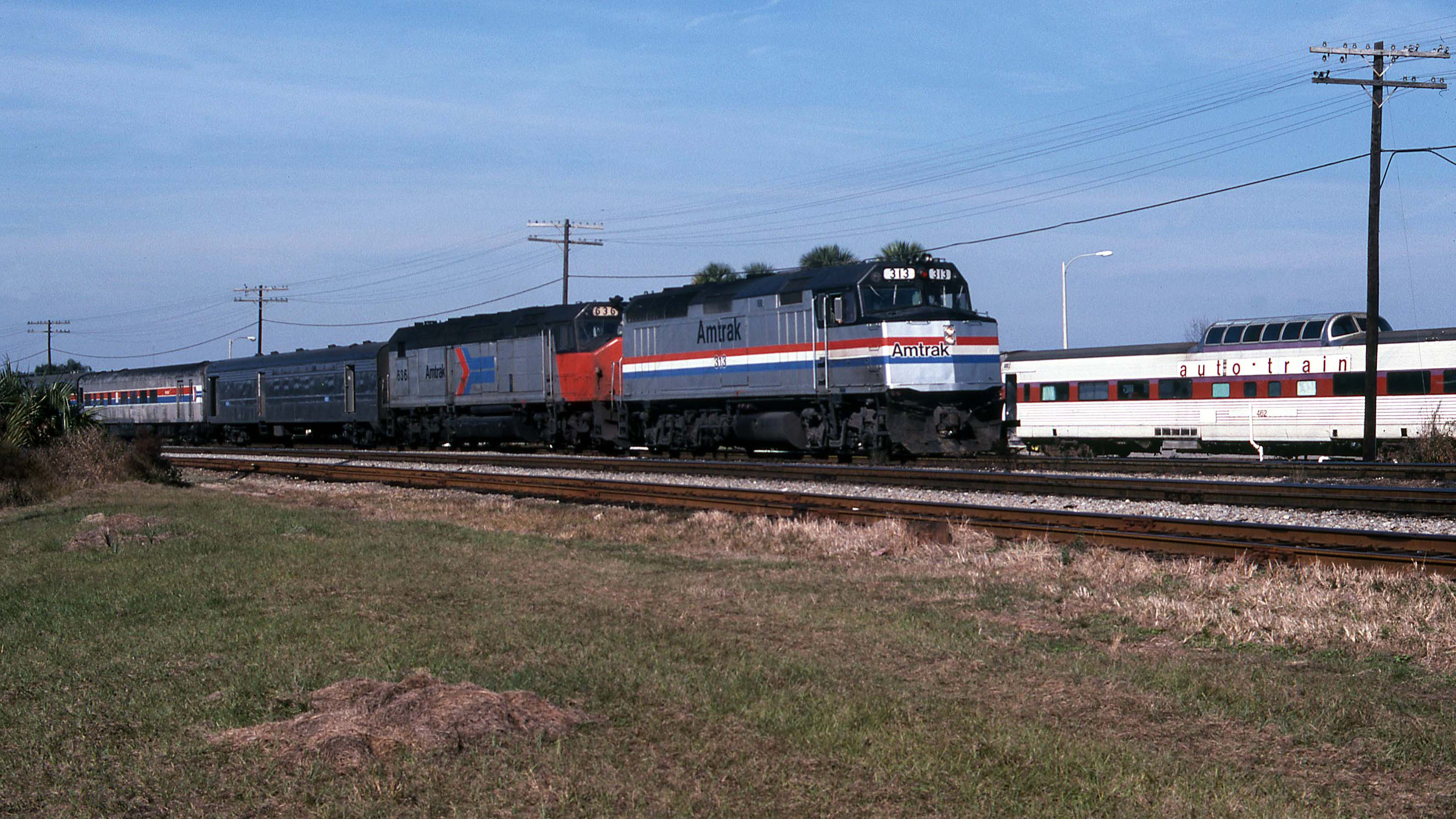 Amtrak-SDP40F-Sanford-Gary-Dolzall