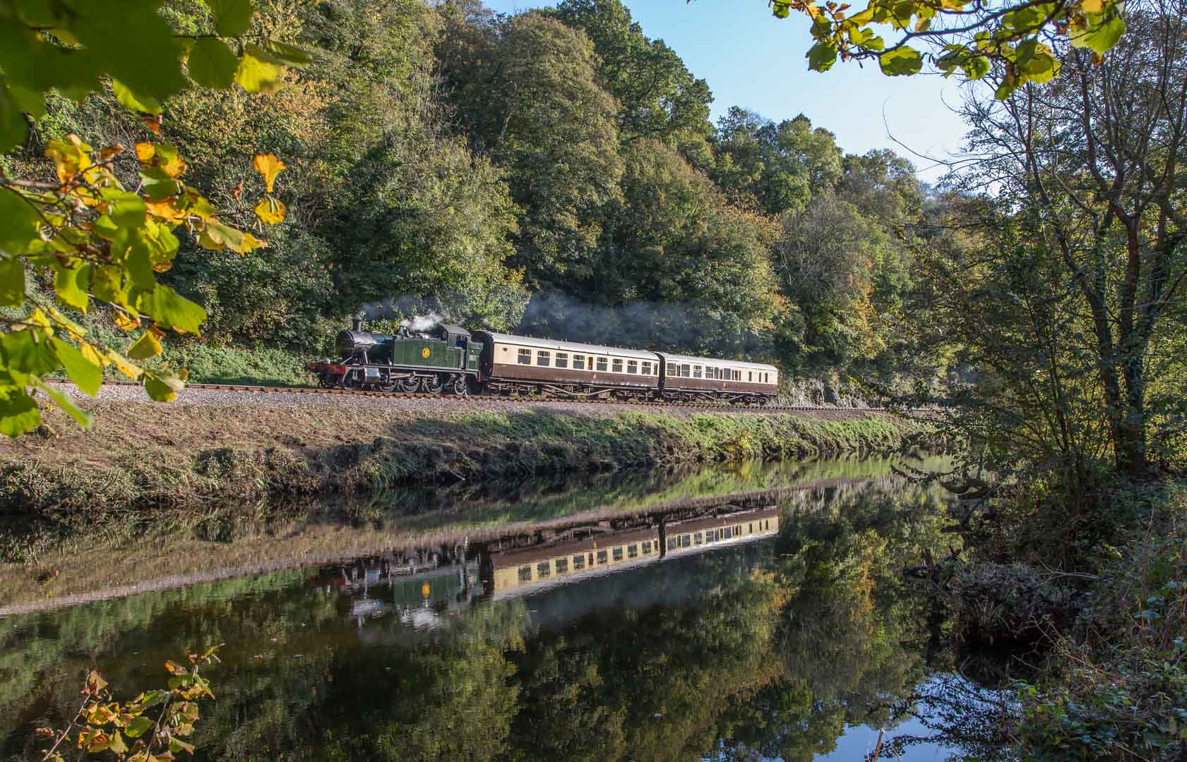 South-Devon-Railway-GWR-2-6-2T-No-5542-Colin-Wallace