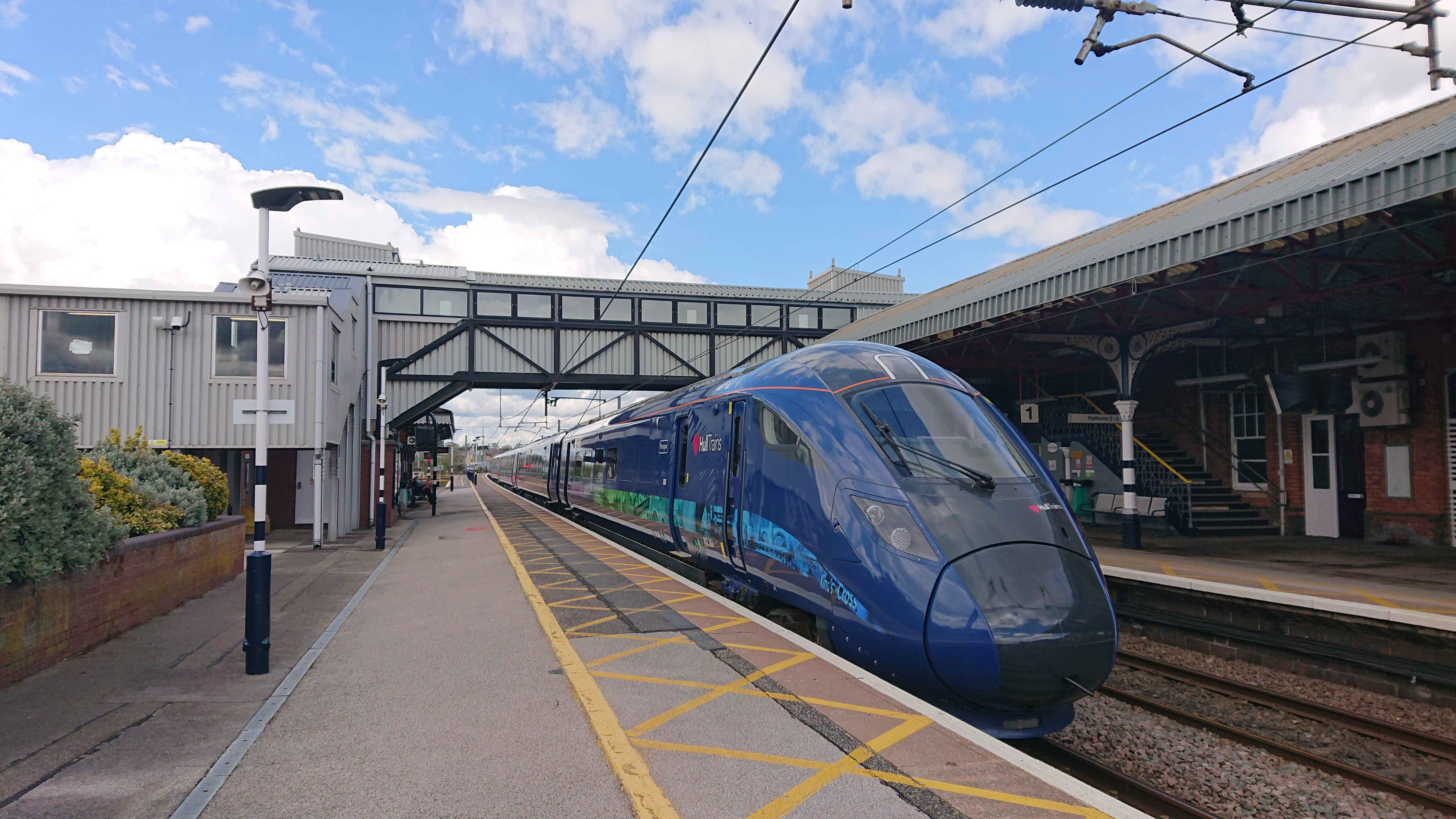 Hull-Trains-Kings-Cross-Hull-Joe-Rogers