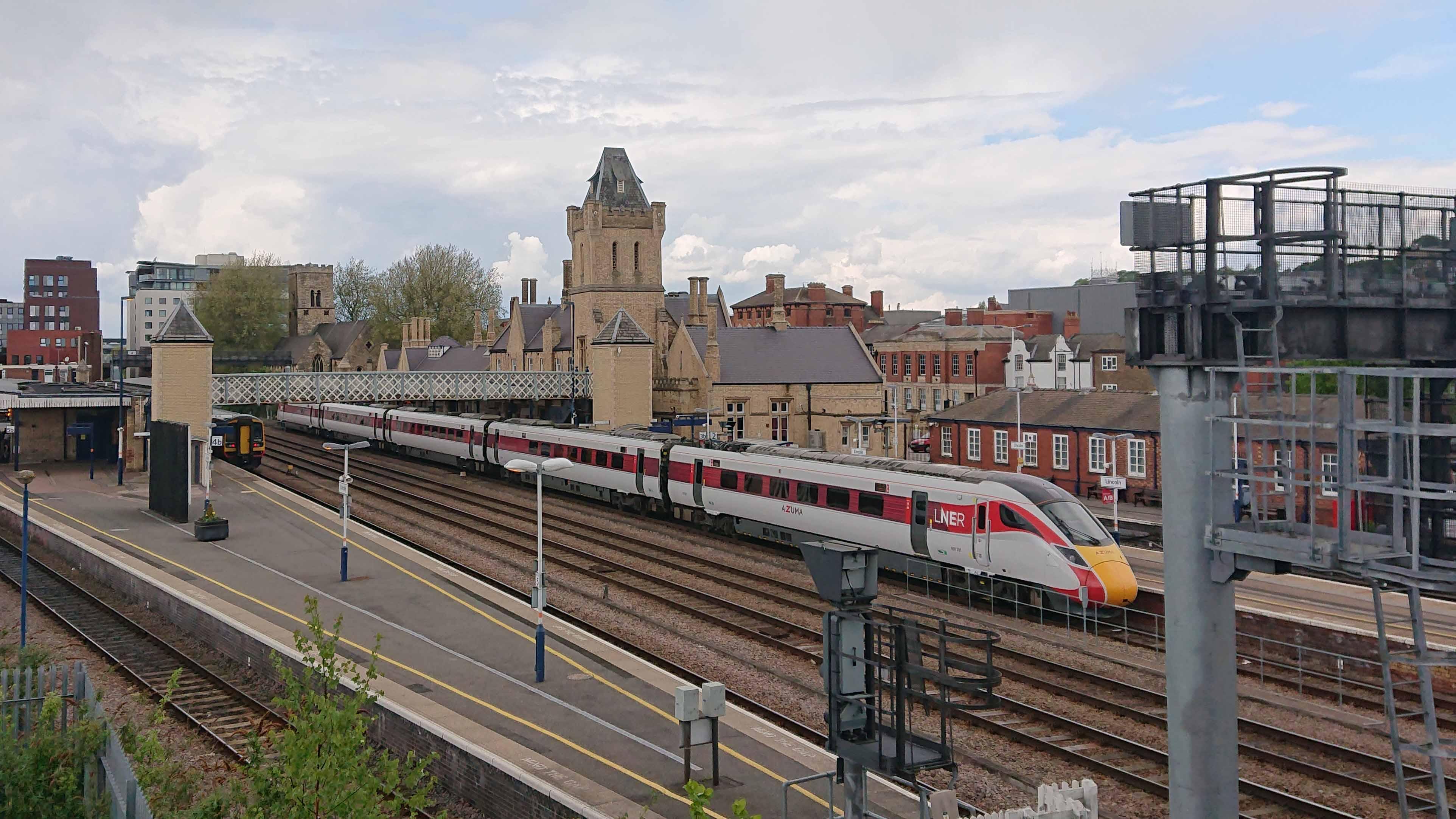 Azuma-Lincoln-Station-Joe-Rogers