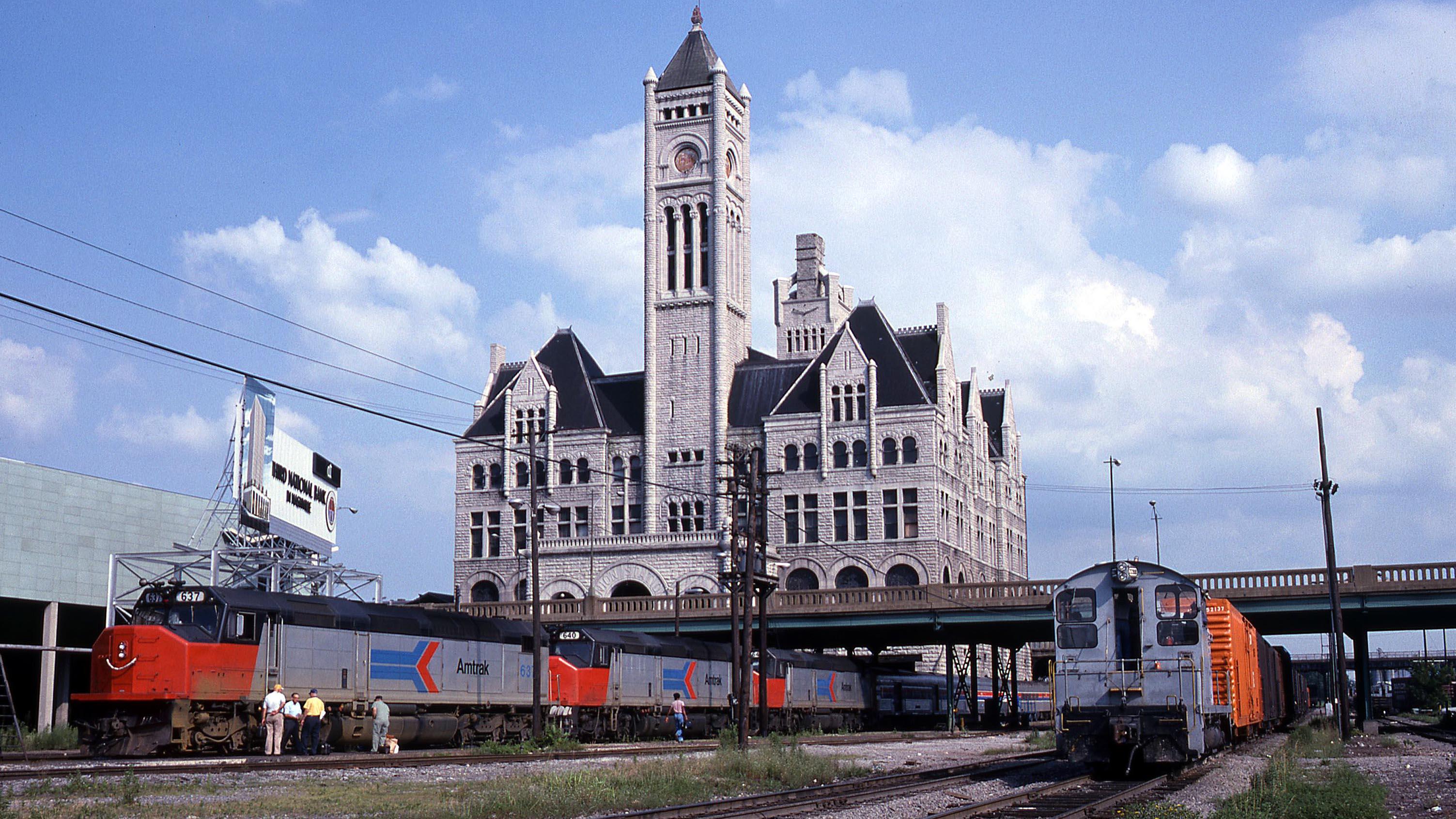 EMD-SDP40F-Floridian-Nashville-Amtrak-Gary-Dolzall