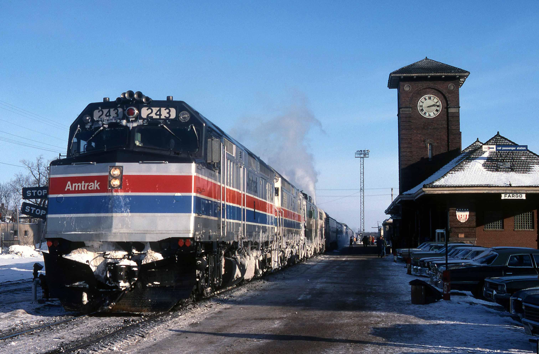 F40PH-Gary-Dolzall-Fargo