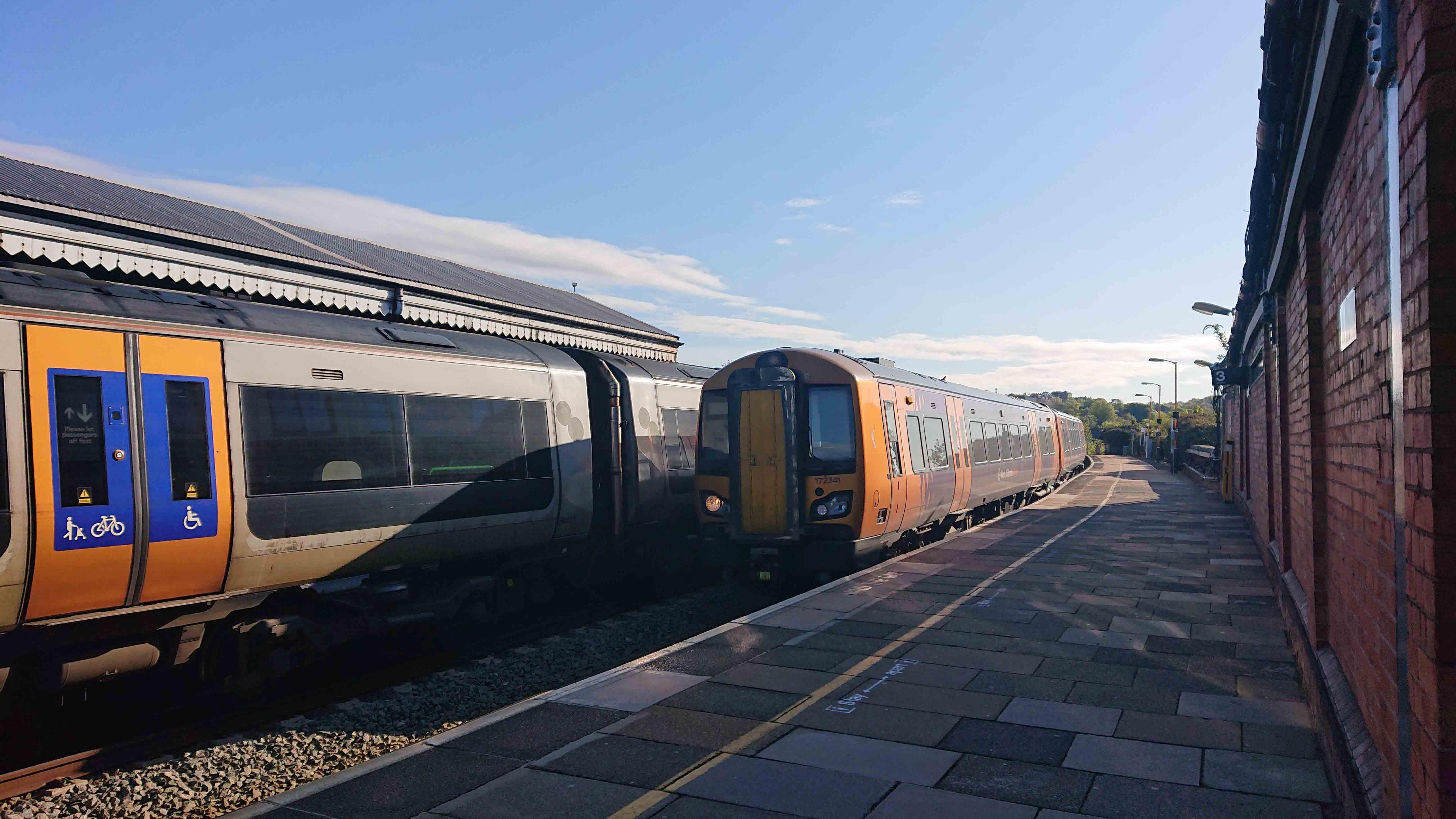 Worcester-Foregate-Street-Class-172