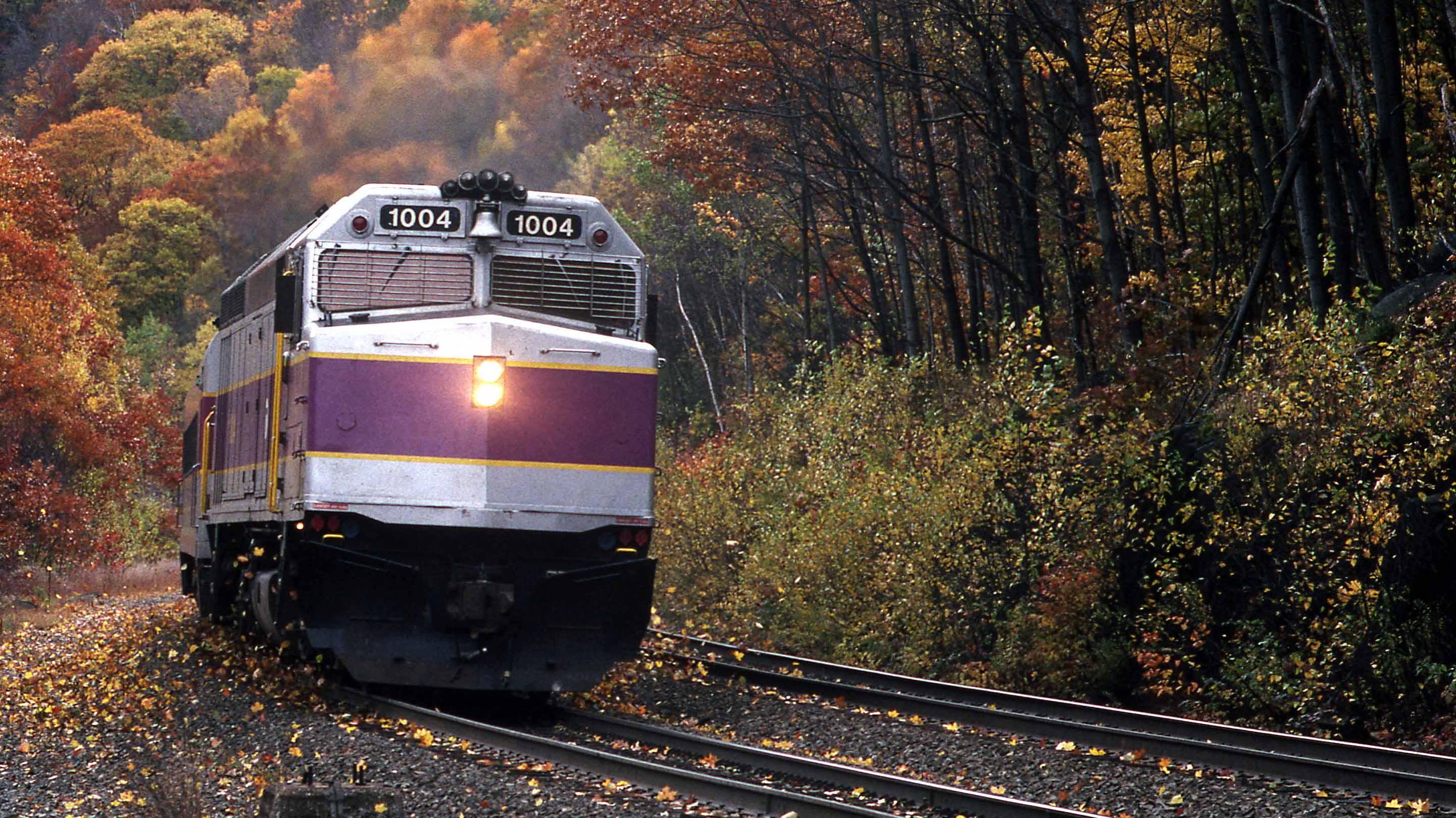 F40PH-Gary-Dolzall-MBTA-Berkshires