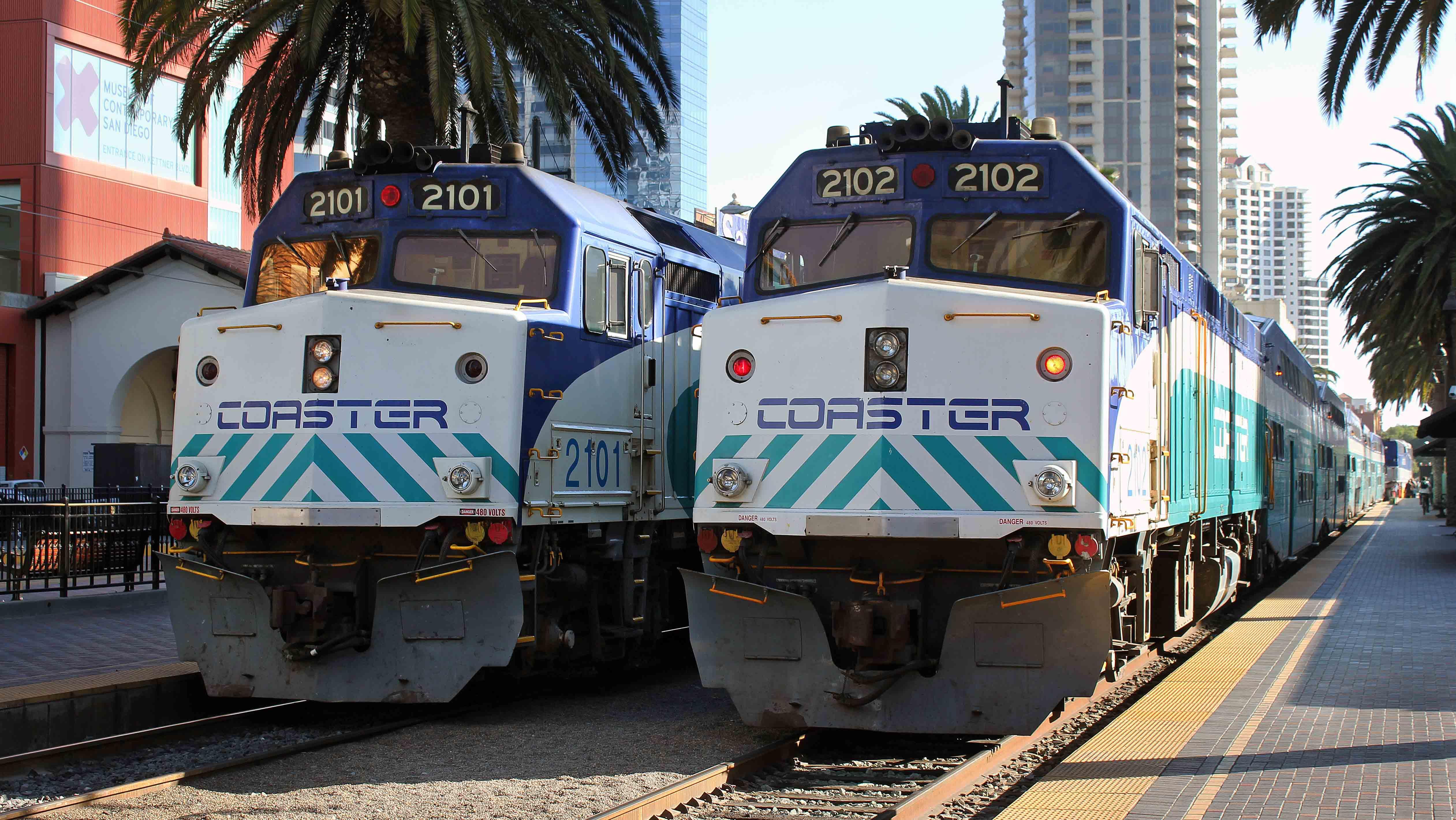F40PH-Gary-Dolzall-San-Diego