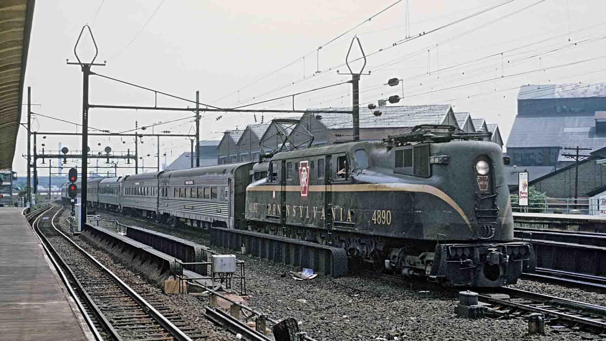 GG1-4890-Harrison-NJ-1969-Roger-Puta