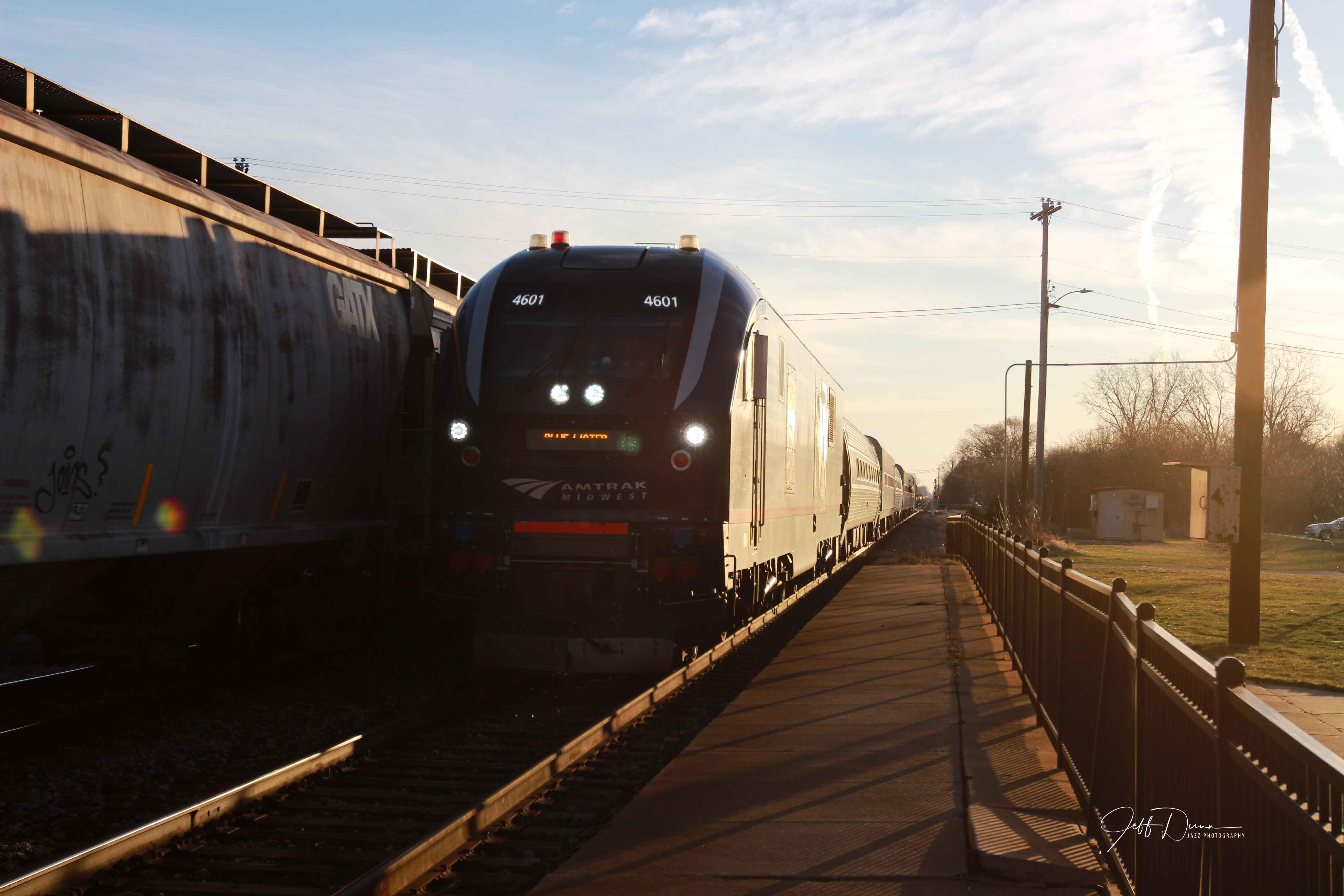Jeff-Dunn-Durand-Amtrak-Blue-Water-Charger-4601