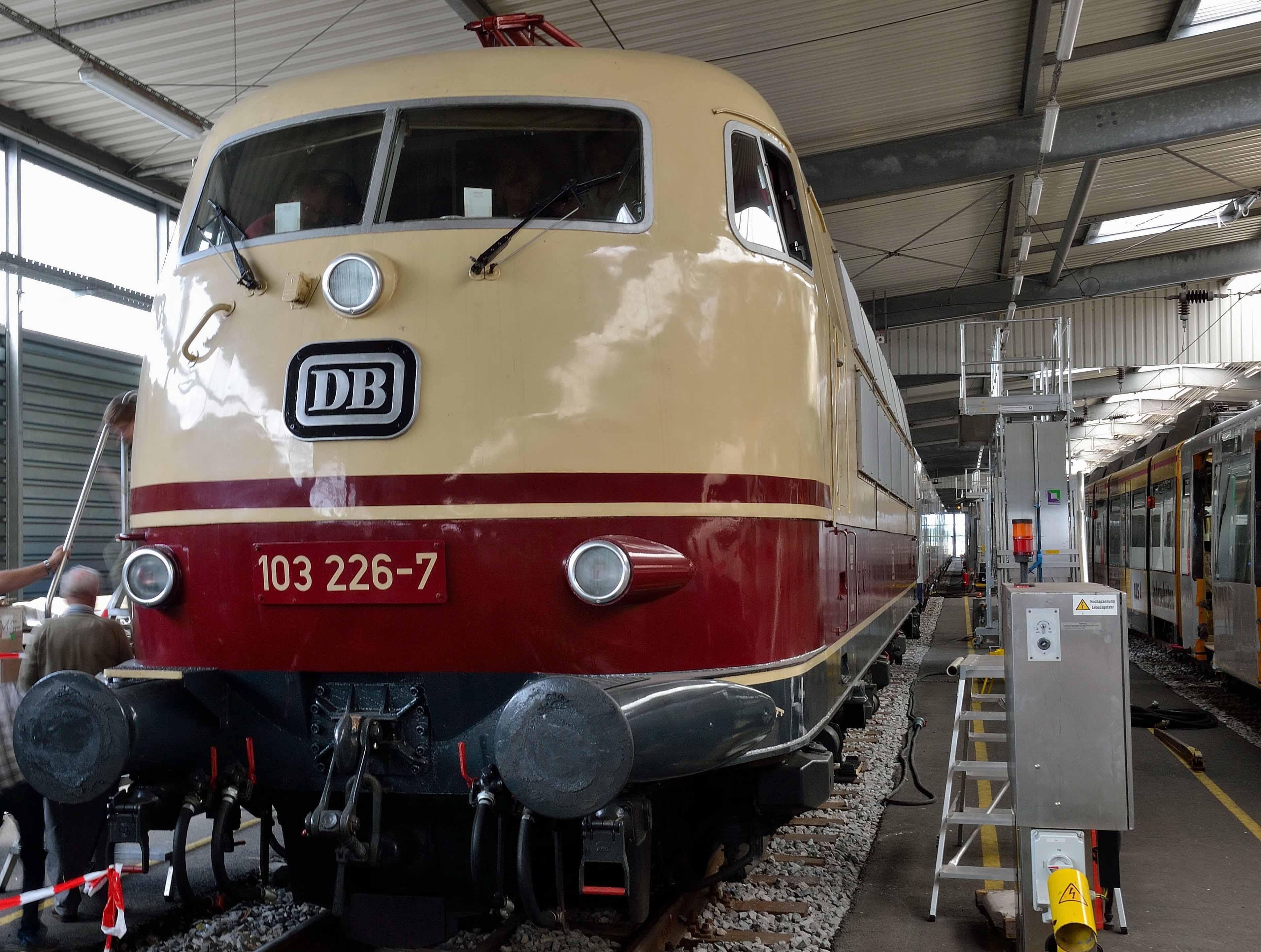 DB-Class-103-Wegberg-Wildenrath