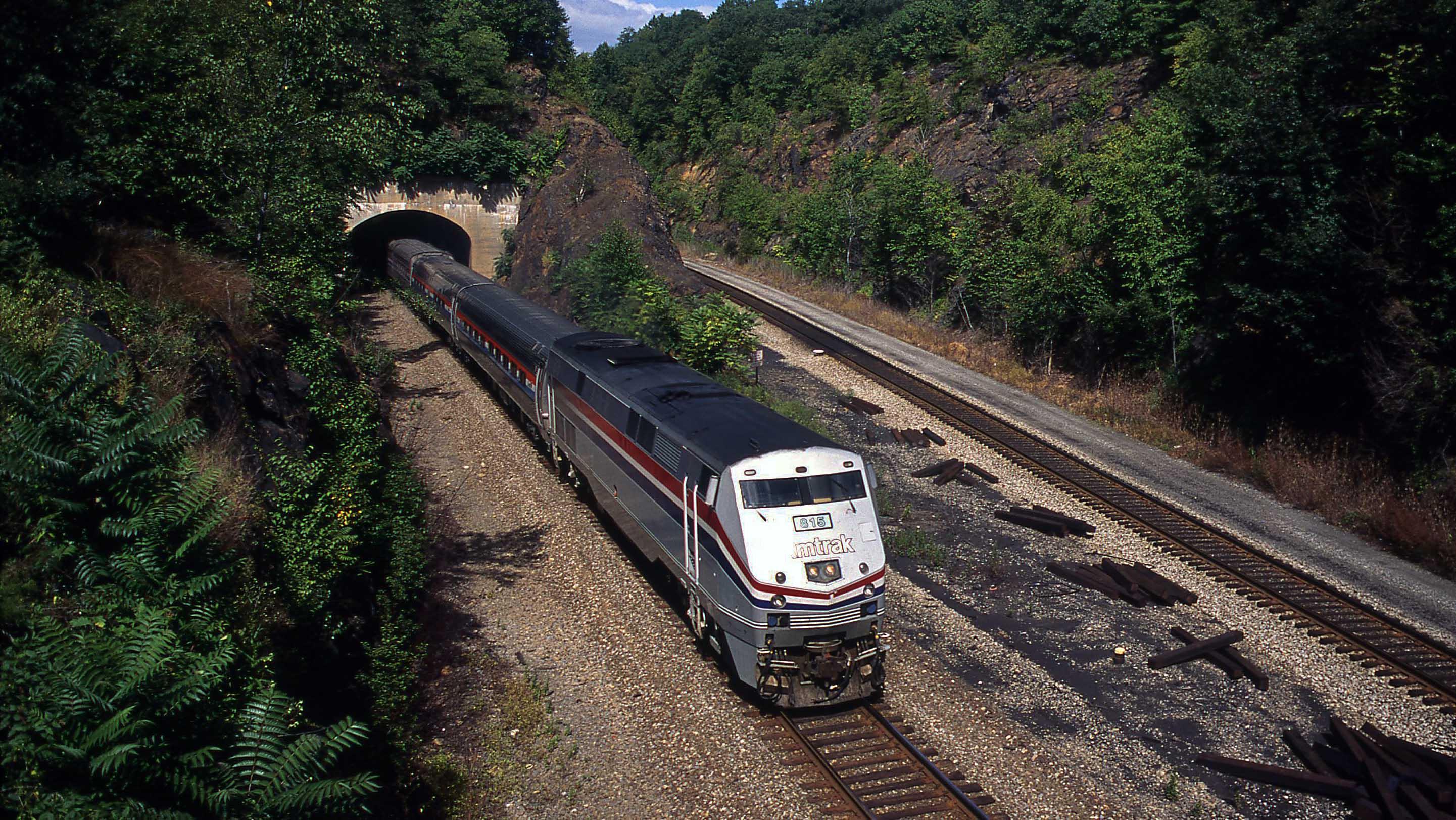 Gary-Dolzall-Amtrak-815