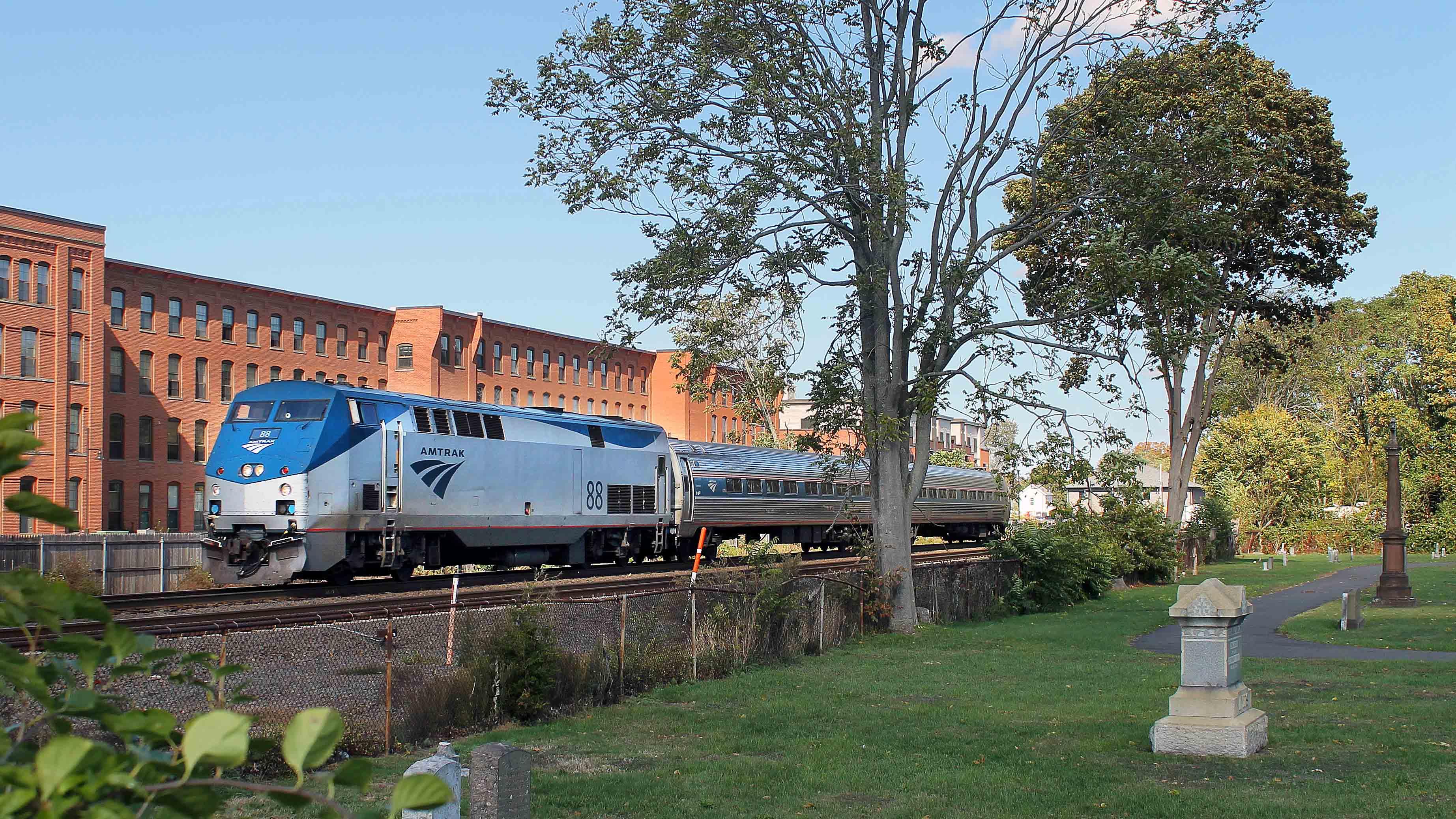 Gary-Dolzall-P42DC-Amtrak