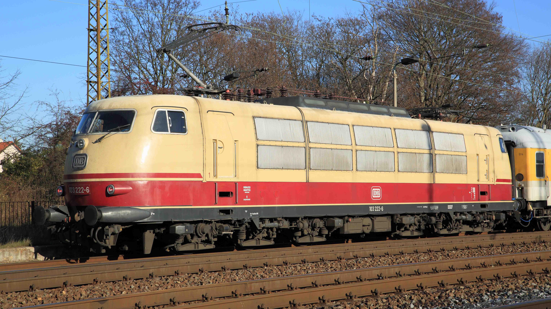 DB-Class-103-Falk2