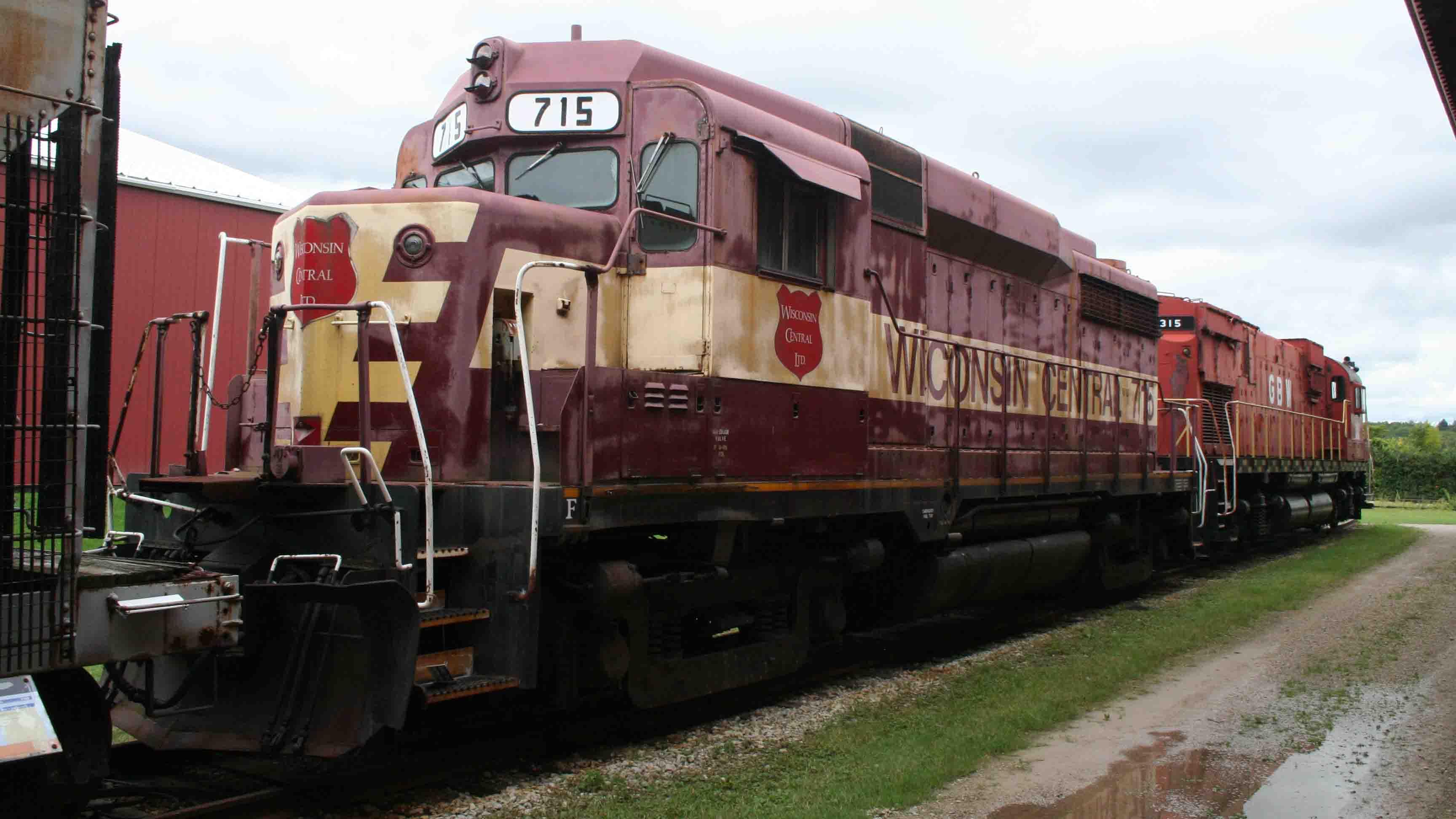 Wisconsin_Central_GP30_Ltd_No_715