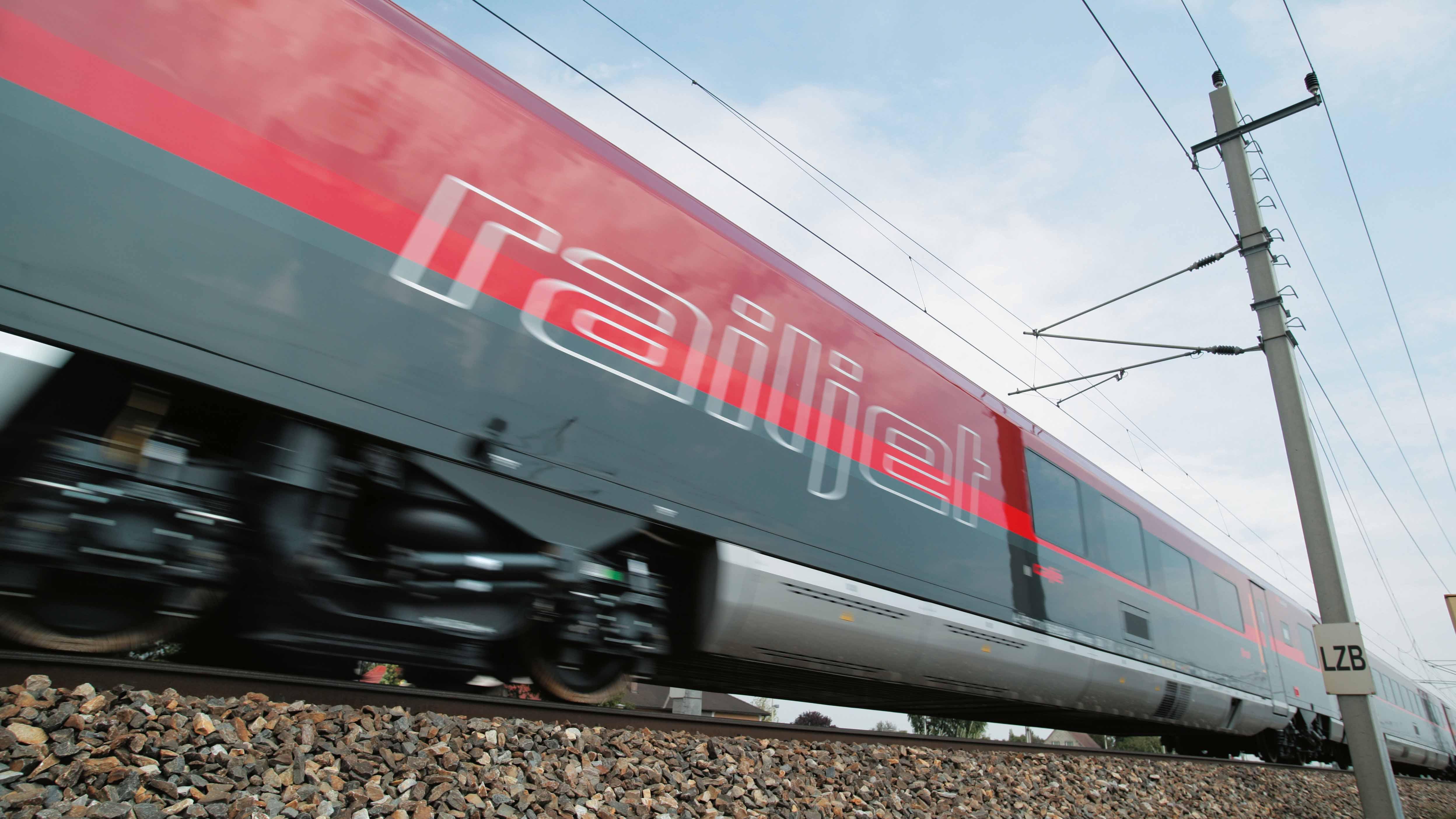 OBB-Railjet-Harald-Eisenberger