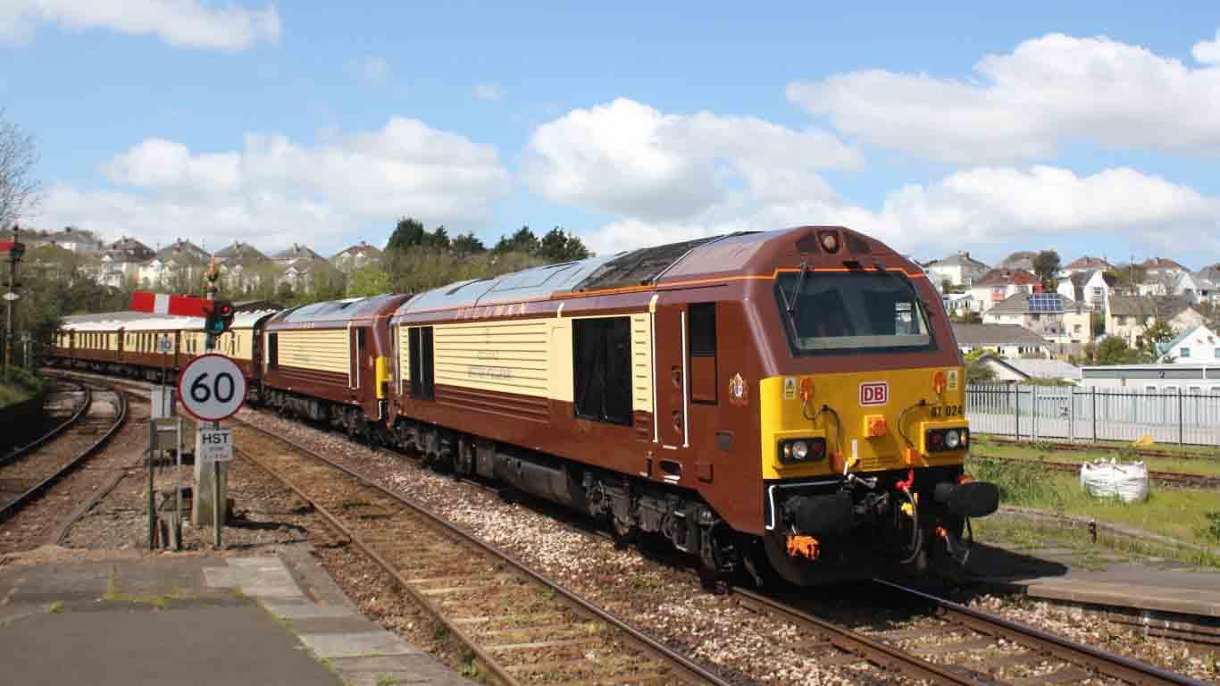 Truro-DB-Cargo-67024-67021-Belmont